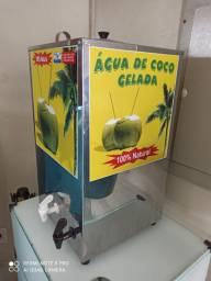 Torre gela coco. tenho em dois tamanhos