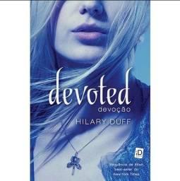 Devoted (Devoção)- Hilary Duff- Moderna