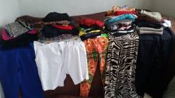 Repasso 780 peças de roupas  e acessorios para brecho