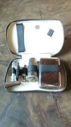Kit de barbear antigo em bom estado de conservação