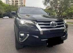 Toyota Hilux SW4 SRX 2.8 4x4 Diesel Automática 7 Lugares 2016
