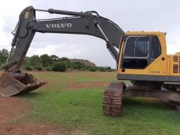 Escavadeira 36 toneladas Volvo ano 2012