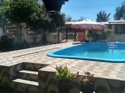 Alugo Casa em balneário pinhal praia com piscina