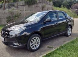 Fiat Grand Siena 1.6 16v Essence Flex 4p