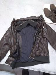 Jaqueta de couro tamanho g e bota de couro 42