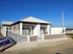 Casa no condomínio Solar dos Cantarinos com 03 quartos, em fase de obra