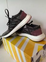 Tênis Adidas Pure Boost - TAM 34
