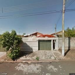 Casa à venda com 3 dormitórios em Jardim brilhante, Ourinhos cod:b5c74241dcc