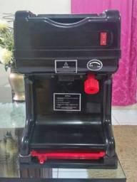 Máquina de raspar gelo canadian