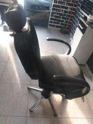 Cadeira reinclinavel e hidráulica