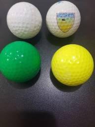 Bola de golfe com 4