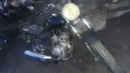 Moto YBR 125 ANDANDO NORMALMENTE