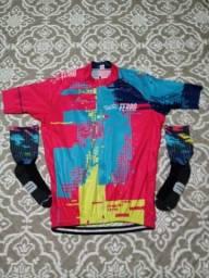 Camisa de ciclismo + meia
