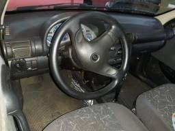 Corsa sedan 1.6 automático