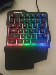 Teclado Gamer Single Hand + Hub USB
