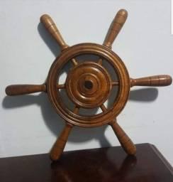 Timão de barco antigo