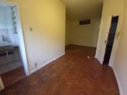 Título do anúncio: Kitchenette/conjugado para alugar com 1 dormitórios em Glória, cod:lc0064401