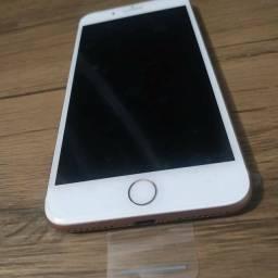iPhone 8 Plus Gold / 64GB