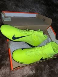 Vendo Chuteira Nike N42 Futsal