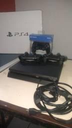 PS4 muito novo
