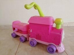Trenzinho para bebê andar