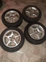 Jogo de rodas 14 pneus meia vida 900 reais