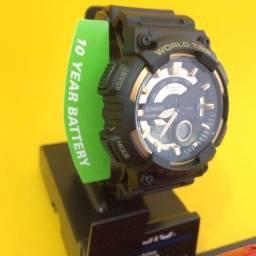 Lindo Relógio Casio Bateria 10 anos Preto e Dourado - Pronta Entrega