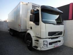 Volvo VM-260 Truck Baú Refrigerado -20