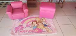 Kit sofa,puf e tapete infantil