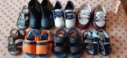 Vendo lotinho de sapato do n 15 ao 20 tudo por 40.00