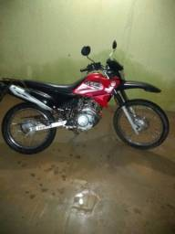 Moto yamaha, Xtz 125 vermelha
