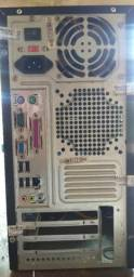 CPU - intel 2.6ghz 64bits - 4GB RAM - HD de 500GB
