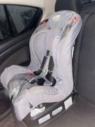 Cadeira infantil de carro (até 25 kg)
