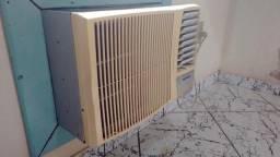 Ar condicionado 12000 btus (caixa de parede maior)