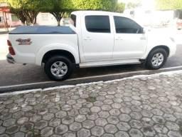 Toyota Hilux - 2013