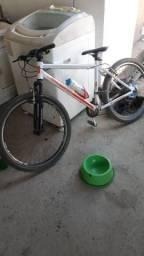 Bicicleta de alumínio 21 marcha aro 26