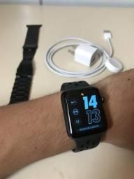 Apple Watch 42mm Series 3 (GPS + Nike Plus)