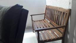 Banco de madeira maçiça para varanda