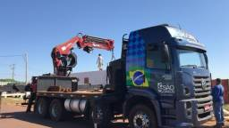 Caminhão Munck Traseiro 70 ton,Giro infinito - 2011