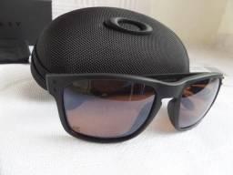0098eac5d Óculos Oakley Holbrook Apocalypse Surf Collection Prizm - Importado