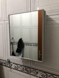 Armários com espelho em pvc 2 por 30