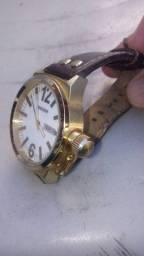Lindo Relógio;Magno todo original