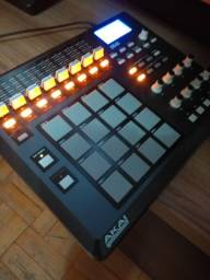 Controladora MPD32 Akai