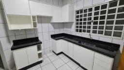 Cozinha planejada com granito