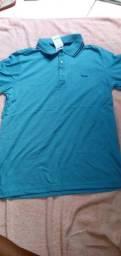 Camisa polo slim dá romance