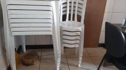 Conjunto 5 mesas 25 cadeiras