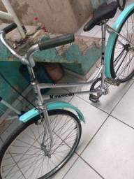 Bicicleta Monark antiga aro 26