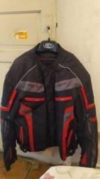 jaqueta de motociclista com proteção