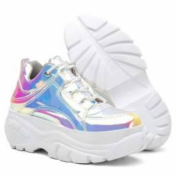 Lindas botas e tênis super estilosos para você sair por aí arrasando