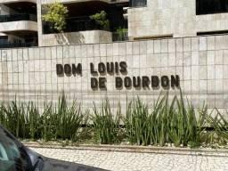 Apartamento na Ponta Verde Edf. Dom Louis de Bourbom